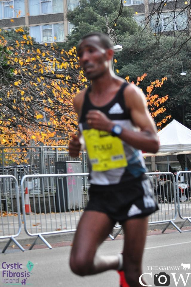 Dereje Debele Tulu - Dublin Marathon Photos 2016 .jpg